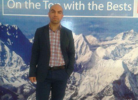 یاشار عیب پوش مترجم ترکی استانبولی